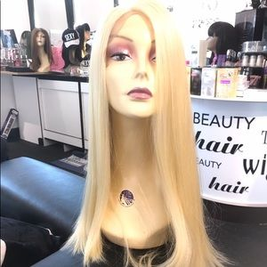 Accessories - Wig Swisslace Lacefront 26-28 Inch Long Color 613